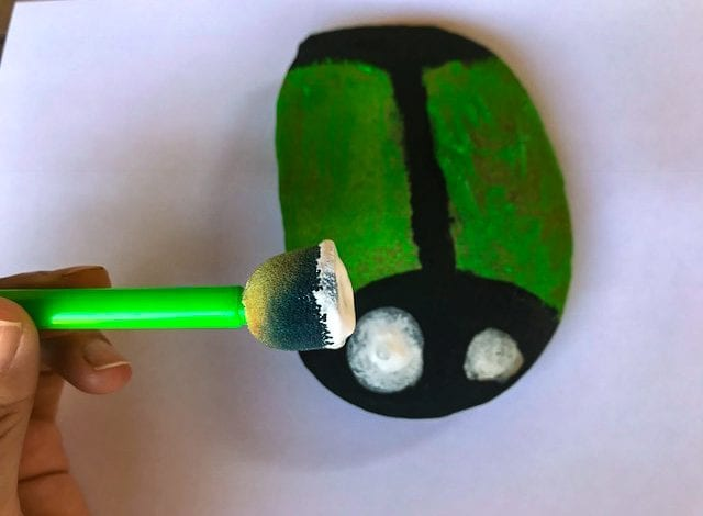 Rock Craft - Ladybird Pebbles - Step 2 Paint the first coat and add eyes