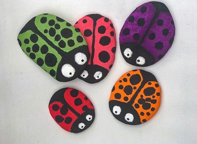 Rock Craft - Ladybird Pebbles - Step 4 Add Dots