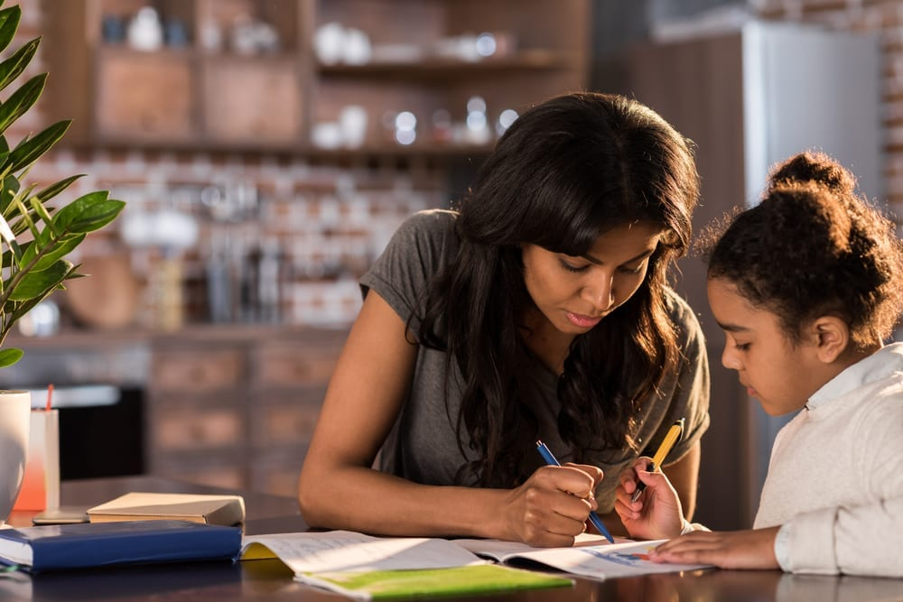 How can parents help with homework without doing it all themselves - should parents help their child with homework?