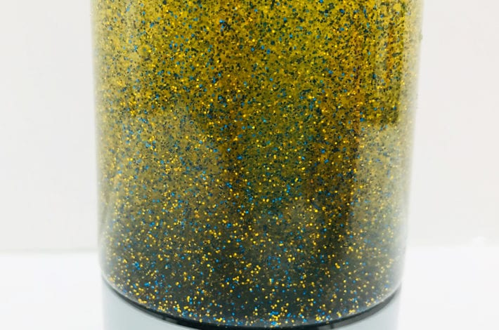 fun toddler craft sensory bottles - calming glitter bottles