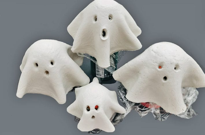 halloween crafts for kids - spooky ghost lights - set on moulds