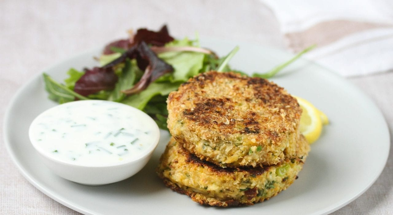 Salmon fish cakes - try these healthy fish cakes for kids