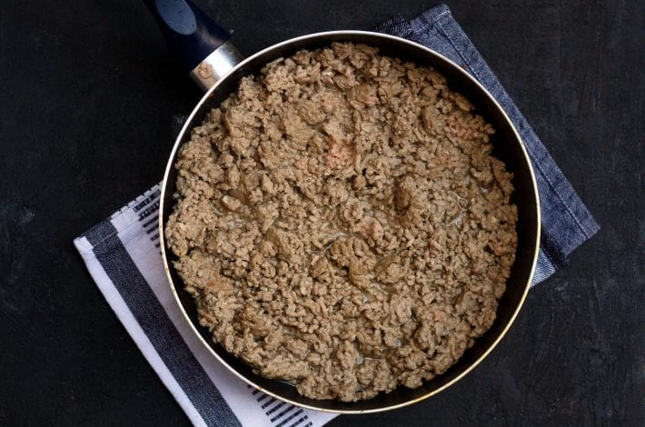 Try this easy cottage pie for toddlers that makes a great dinner for the whole family. You can replace beef with minced lamb to make it an easy shepherd's pie too
