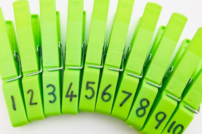counting wheels - counting wheel with pegs - first numbers - learn numbers