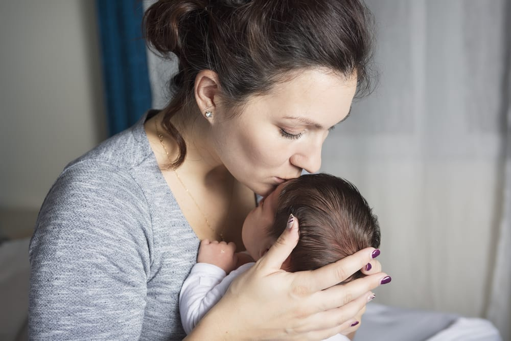 Breastfeeding - no one tells new mothers that breastfeeding is hard