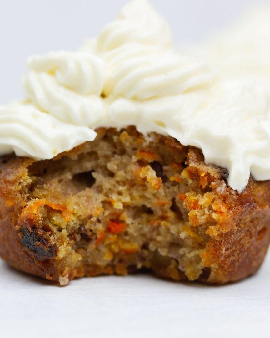 carrot cake - healthy carrot cake - carrot cake cupcakes - carrot cake