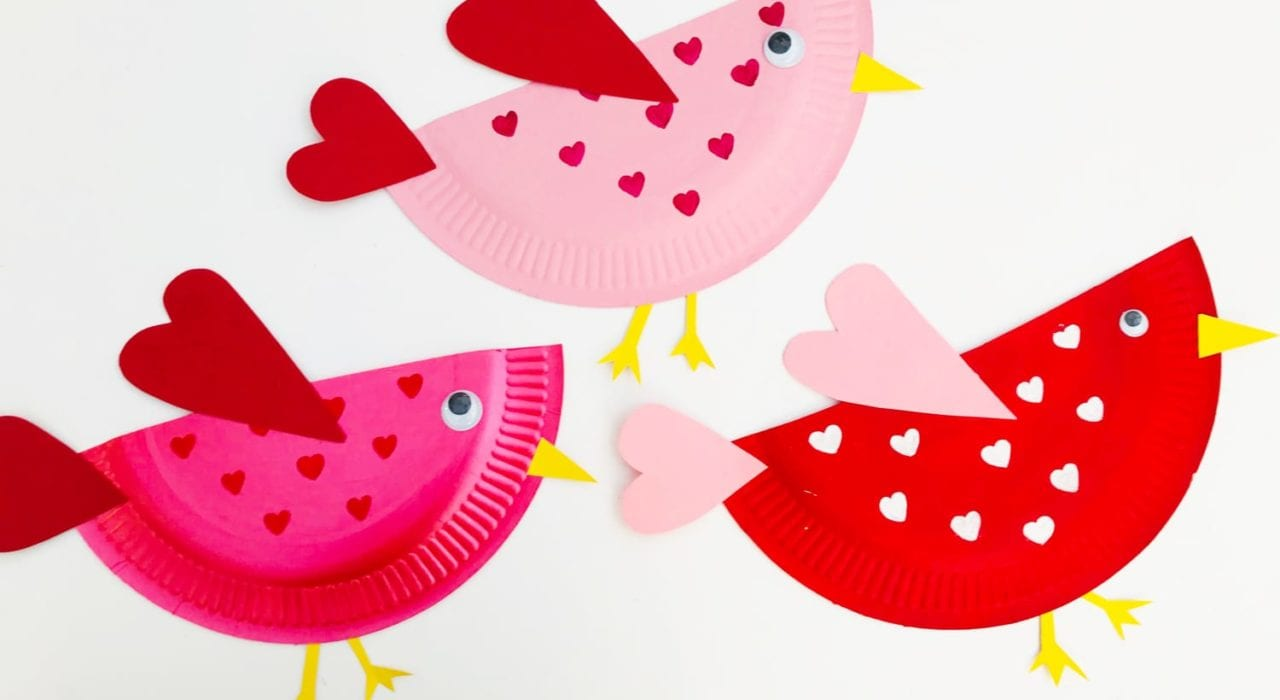 Adorable Valentines craft for kids with these little love bird paper plates