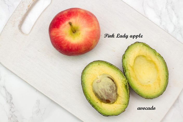 Apple and avocado puree for baby - make this delicious little dish when weaning baby as one of baby's first meals