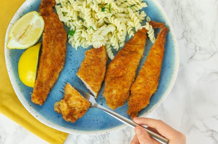 Mini schnitzels - enjoy making these delicious chicken schnitzel escalopes - perfect for family dinners