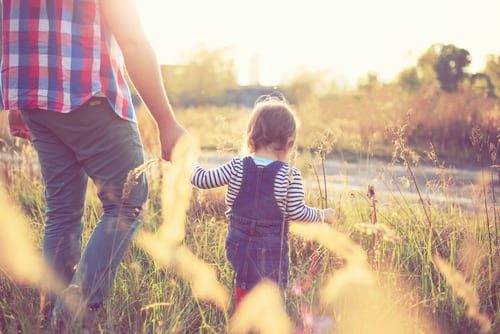 Toddler bonding - try these 10 fun games for dad and toddler bonding - both indoor and outdoor toddler activities