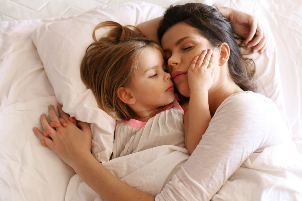 mummy will you lie down with me - mommy will you lay with me - why I lie down next to my toddler at bedtime