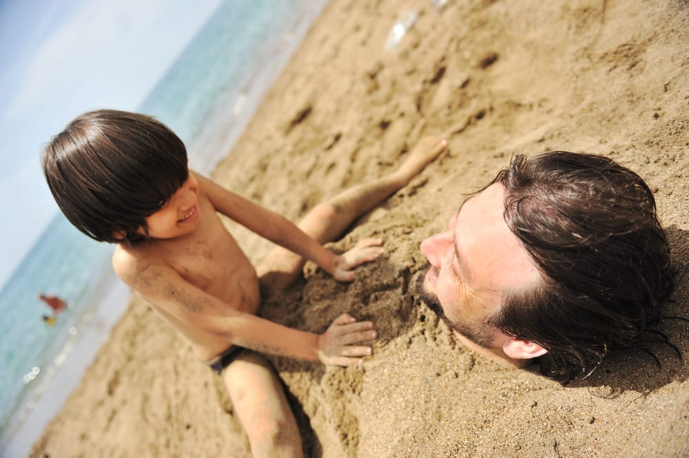 Loving fathers - 11 unbelievable things that loving fathers do to have fun with their kids and make them happy