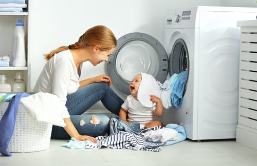 Raise Successful kids - did you know that happy kids do chores - why it's good for your kids to do household chores