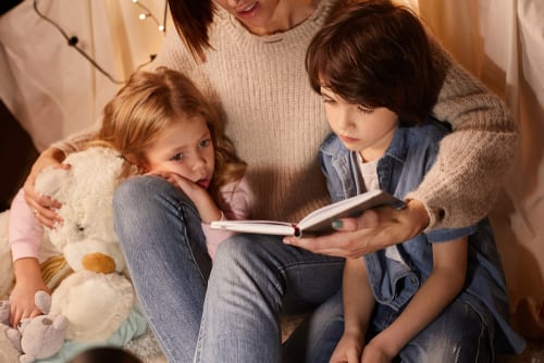 This one thing leads to happy smart kids - reading to children every day