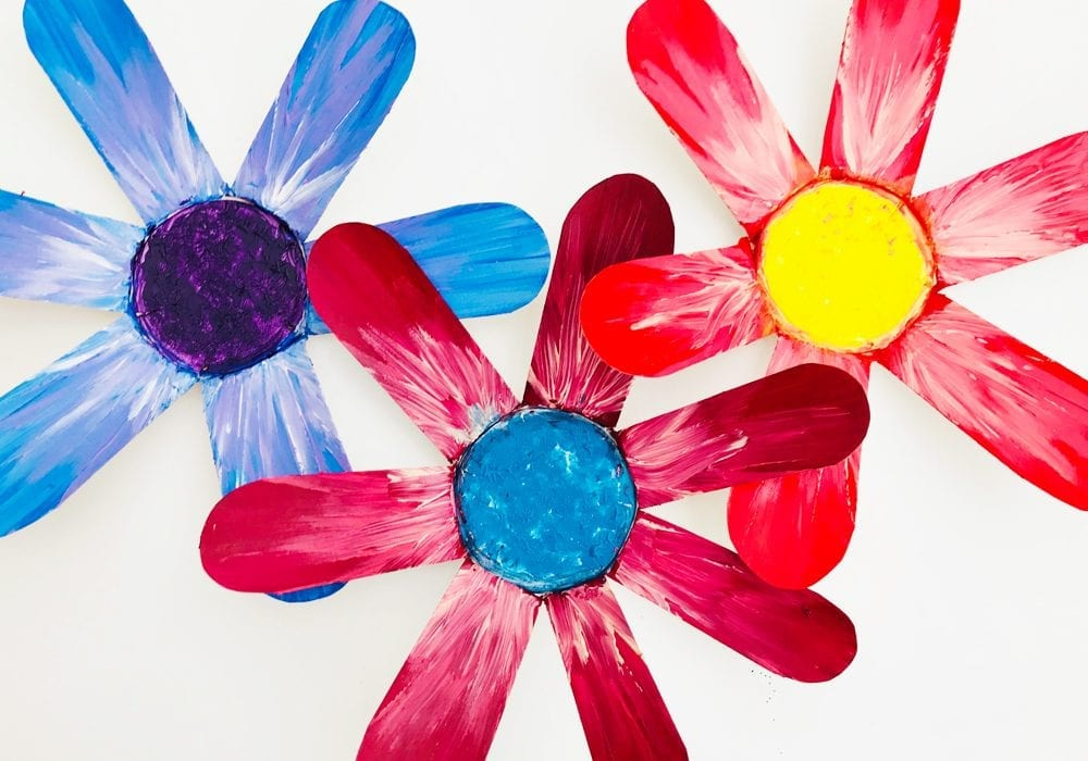 Pretty painted paper cup flowers - try this beautiful spring craft for kids