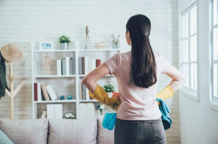 How to declutter your house in one day - tips for tidying up your home and having a big clear out