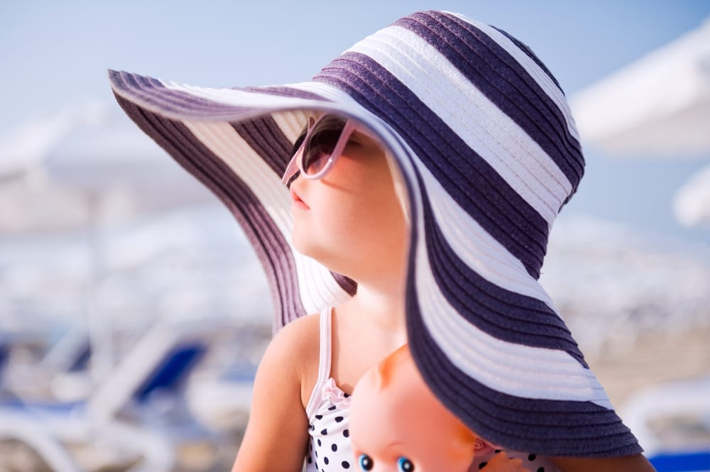 Sunhats for toddlers - check out our top 10 toddler sunhat picks keep them safe from the suns rays this holiday