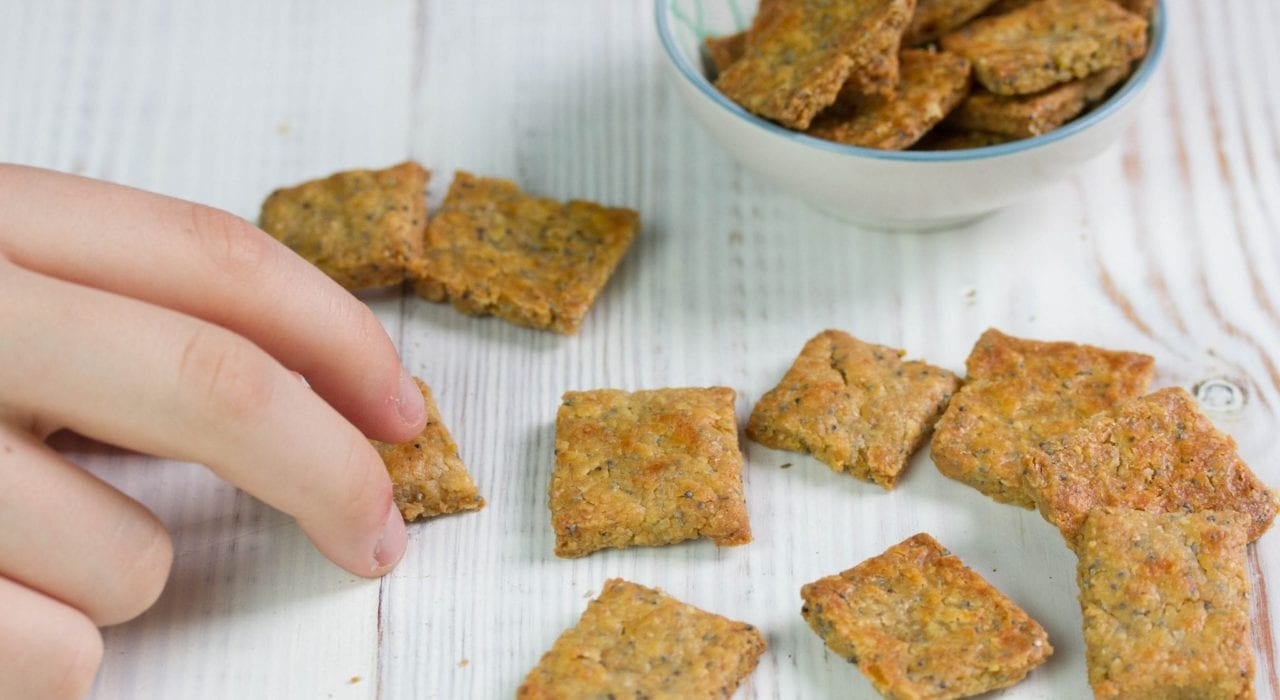 Wholewheat chickpea crackers - wholewheat crackers with oats chick peas and poppy seeds - great for toddler snacks