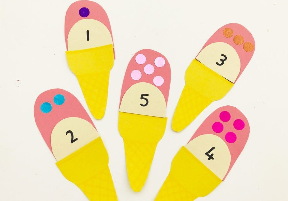 A great counting activity for toddlers. Play this ice cream counting game for toddlers and young kids - they can learn to count to 10 with this fun summer learning game