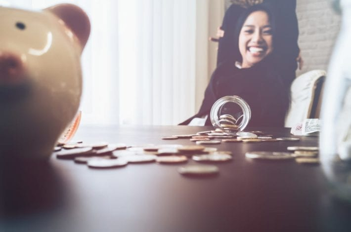 Quick ways to start building big savings - try these savings habits to start family savings reach saving goals and aim to be big savers