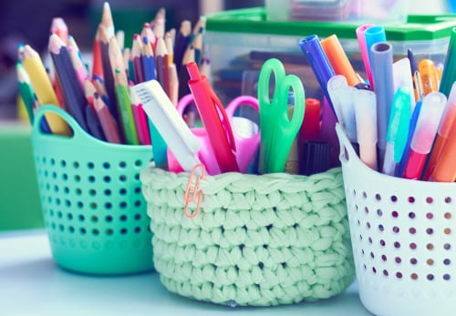 Start the school year smoothly with these back to school organisation hacks to help you save time and stay organised